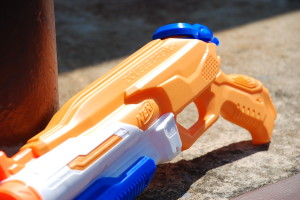 Double Drench Super Soaker from Nerf (13)